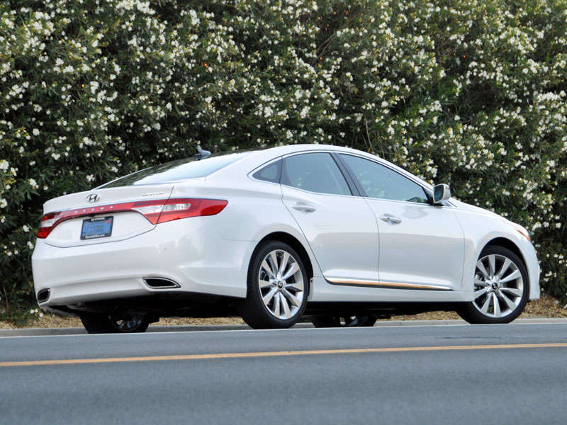 2014 hyundai azera review and quick spin. Black Bedroom Furniture Sets. Home Design Ideas