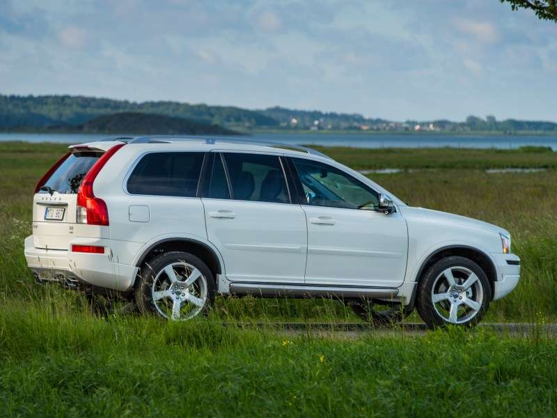 10 Best Used Luxury SUVs