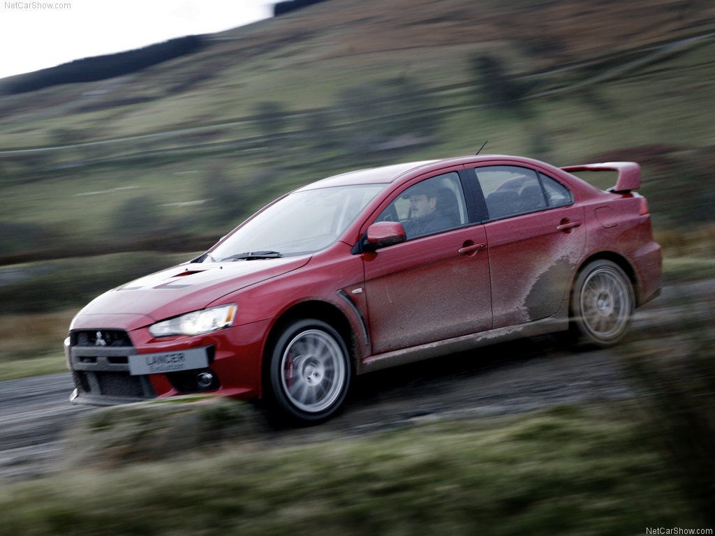 10 Japanese Sports Cars   09   2014 Mitsubishi Lancer Evolution X