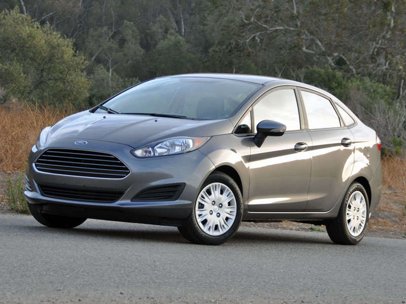 2014 Ford Fiesta SE EcoBoost Sedan Review and Quick Spin