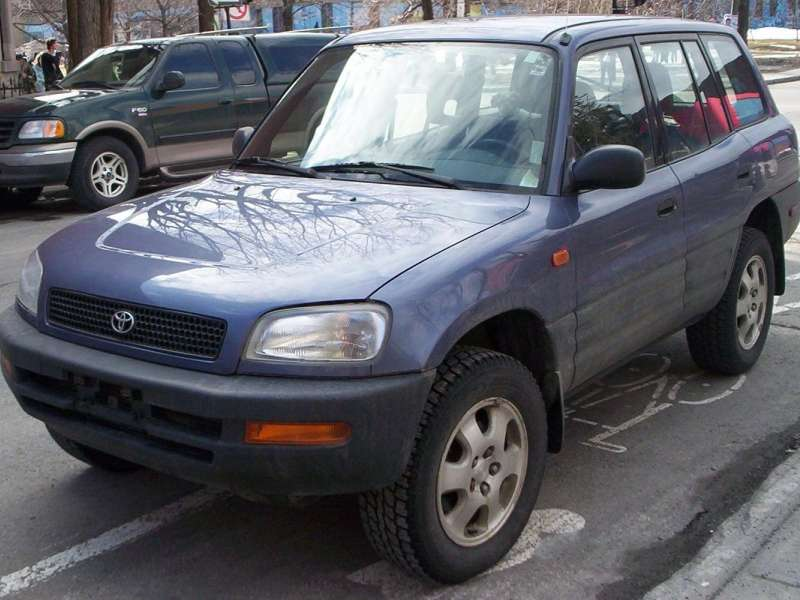 Best Used Suv S Under 5 000 1998 Toyota Rav4 4 198