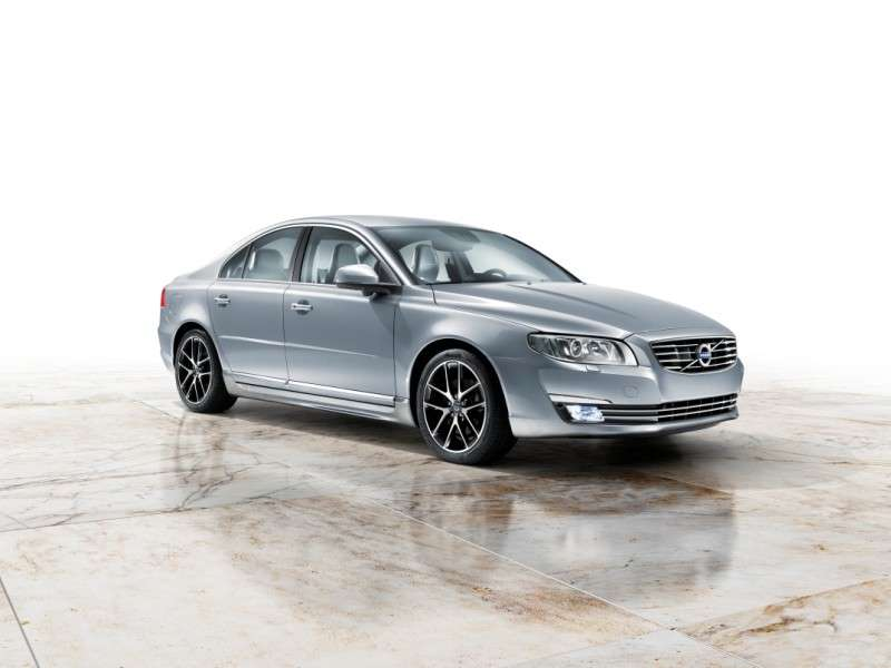 2015 Volvo S80 Delivers 240 HP, 37 MPG