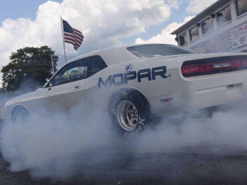 Drag Pak Coming Back for 2015 Dodge Challenger