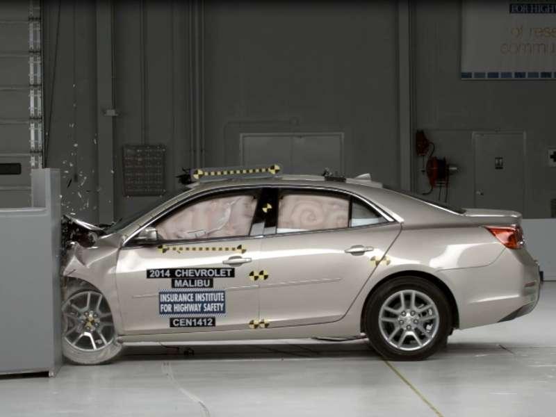 The Ten Safest Luxury Cars   Autobytel.com