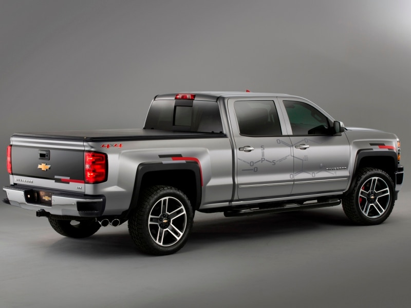 2015 chevrolet silverado 1500 provides lesson in toughnology. Black Bedroom Furniture Sets. Home Design Ideas