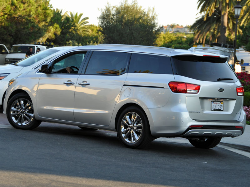 kia hauler redesigned car lane sedona review a dsc the kid fast