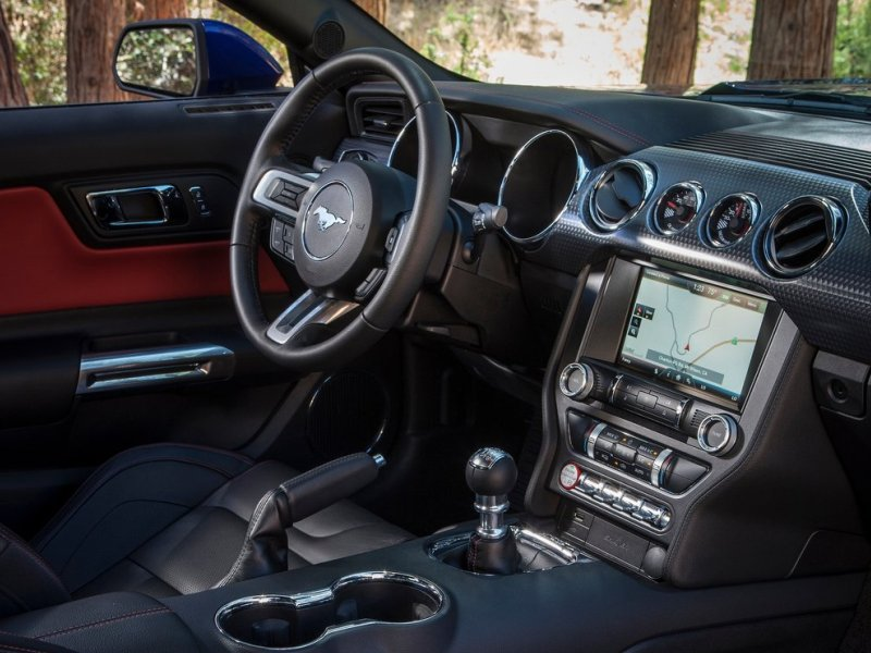 The 2015 Ford Mustang Dramatically Upgrades Its Interior