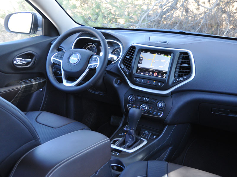 a host dsc styling tech quick jeep review cherokee copy features fast edgy high of and video pics limited the