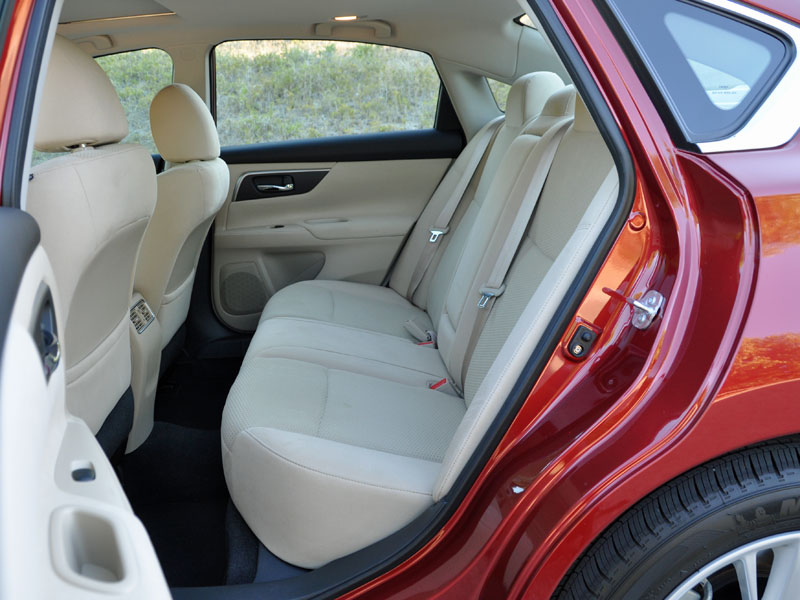2015 Nissan Altima Review And Quick Spin Autobytel