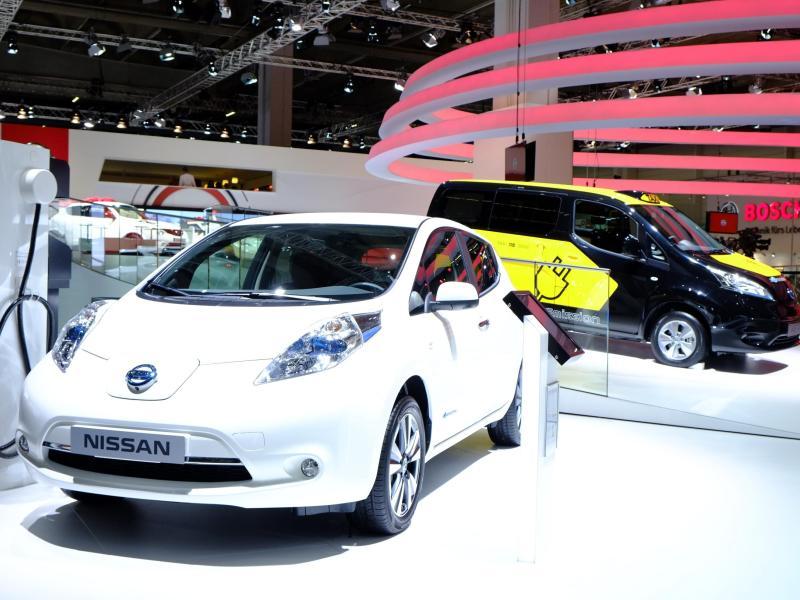 High Demand for 2015 Nissan LEAF Leads to September Record