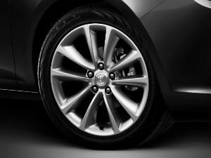 2015 Buick Verano Backed by High-tech Tires