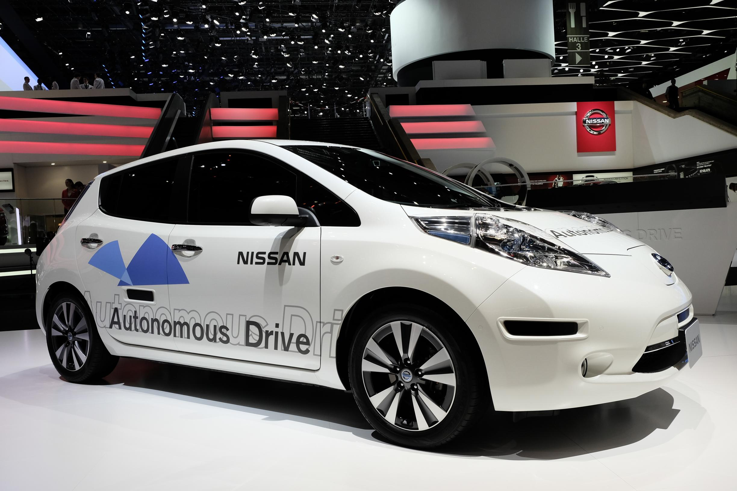 2014 Nissan LEAF Garners Good Housekeeping Honors