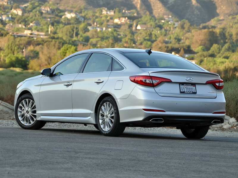 2015 hyundai sonata review and road test. Black Bedroom Furniture Sets. Home Design Ideas