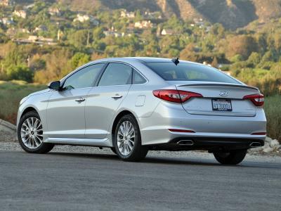 2015 Hyundai Sonata Review And Road Test Autobytel Com