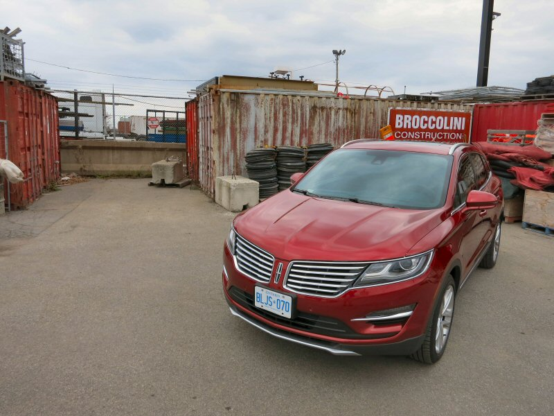 2015 Lincoln MKC Luxury Crossover Review