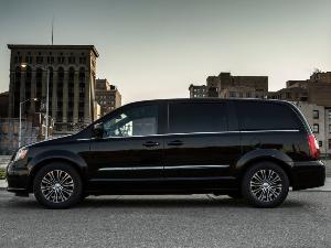 7 best minivans for the money for 2015. Black Bedroom Furniture Sets. Home Design Ideas