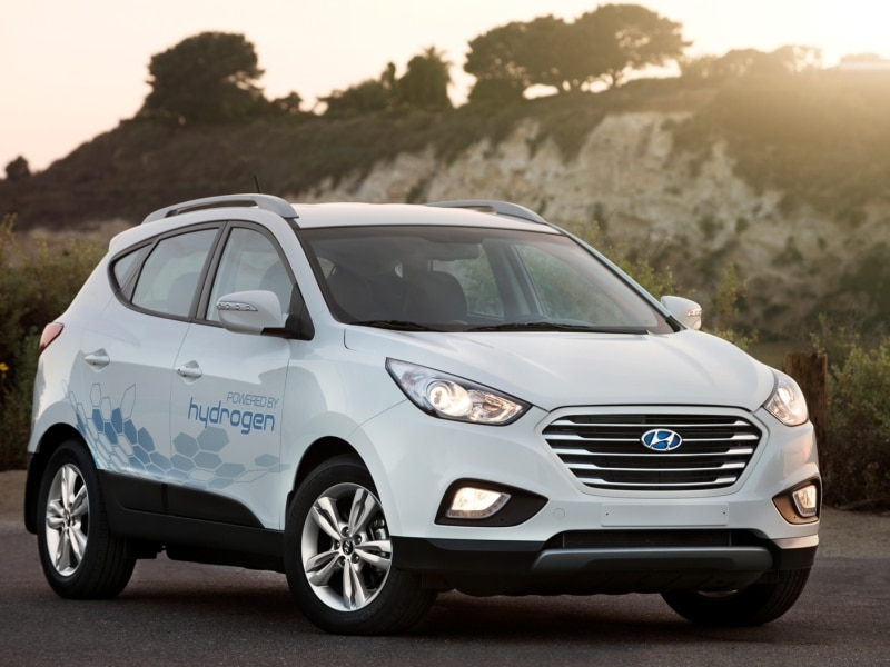 2015 Hyundai Tucson Fuel Cell Road Test & Review ...