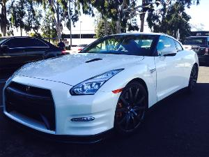 9 Best Online Comments to a 23-Year-Old Buying a Nissan GT-R