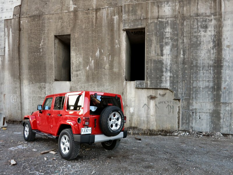 2015 Jeep Wrangler Unlimited Sahara Review: Models And Prices