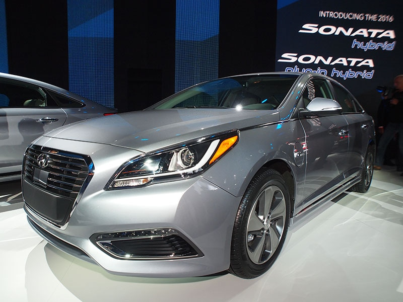Must See Luxury Cars And Sedans At The 2016 New York Auto: Must-See Luxury Cars & Sedans Of The 2015 New York Auto