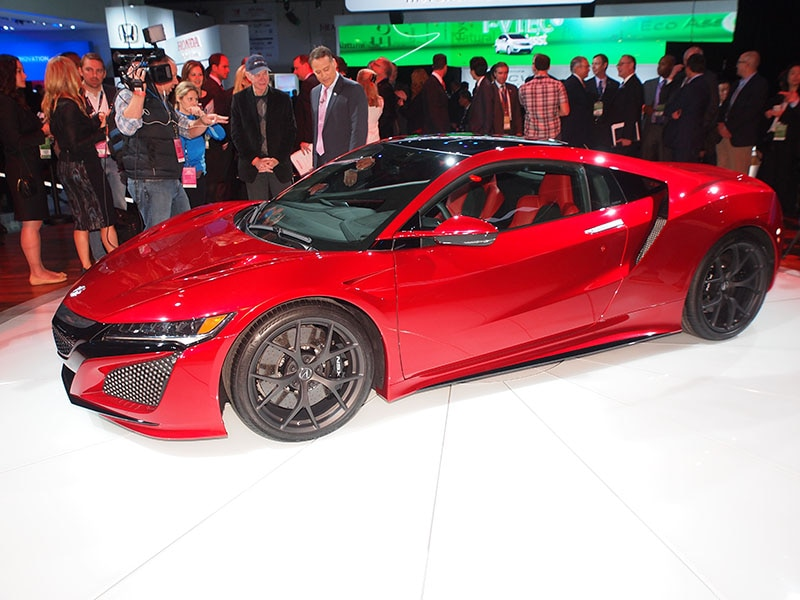 Gentil Unveiled In Detroit: 2016 Acura NSX