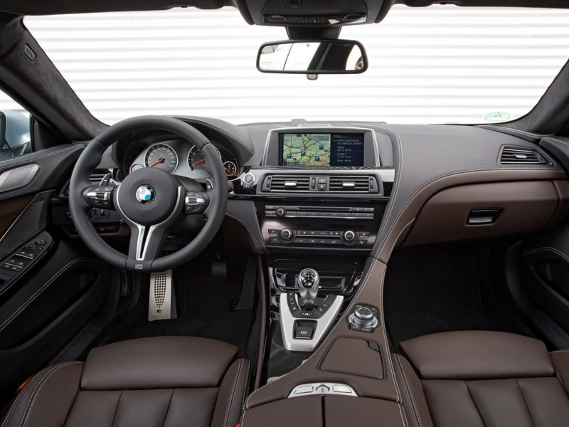 Luxury Vehicle: Superior Interiors: The 10 Most Comfortable Luxury Cars