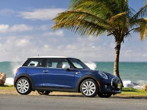 2015 MINI Cooper Hardtop Road Test & Review