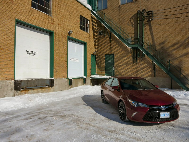2015 Toyota Camry Road Test and Review