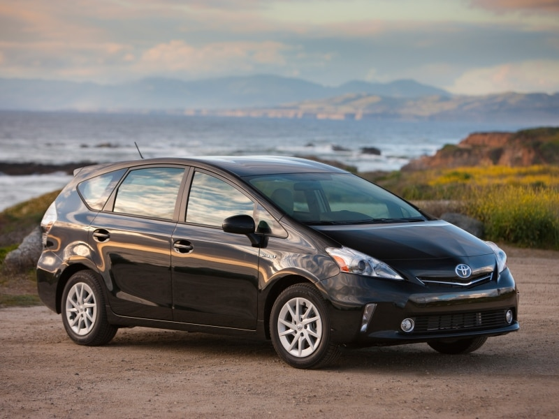 The 10 Best Full Size Hybrid cars