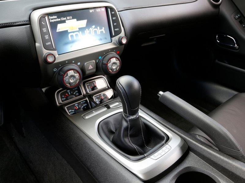 chevrolet camaro 2015 interior. the 2015 chevrolet camaro comes in six trim levels interior