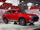 2016 Mitsubishi Outlander at the 2015 New York International Auto Show