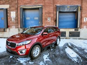 2016 Kia Sorento Road Test and Review