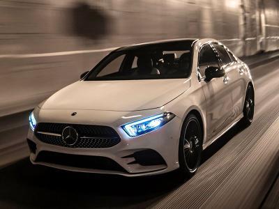 Best Cars Under 35000 >> 10 Of The Best Luxury Cars Under 40 000 Autobytel Com