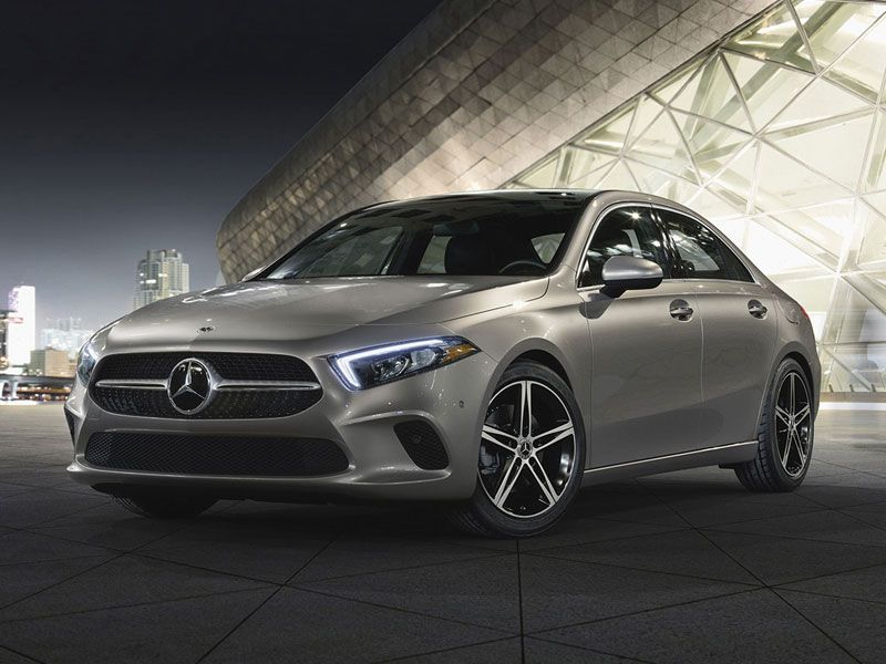 Top 10 Best Luxury Cars 2019: 10 Of The Best Luxury Cars Under $40,000