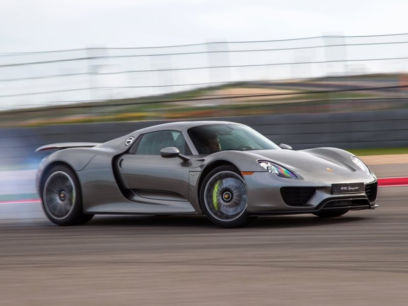 safety the porsche 918 spyder