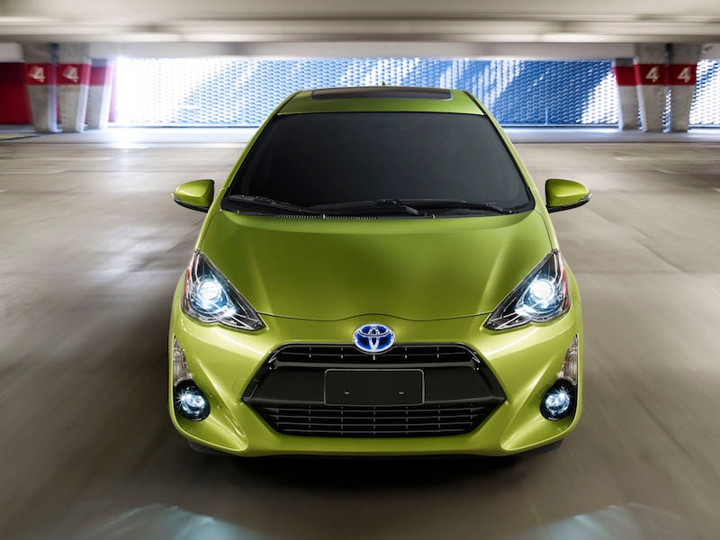 2015 Toyota Prius c Road Test Review