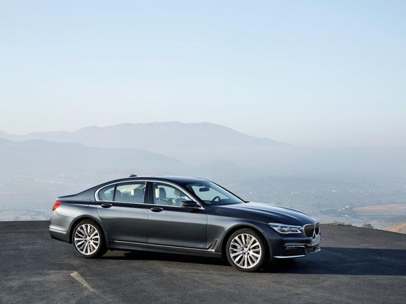 10 Things You Should Know About The All-New 2016 BMW 7-Series