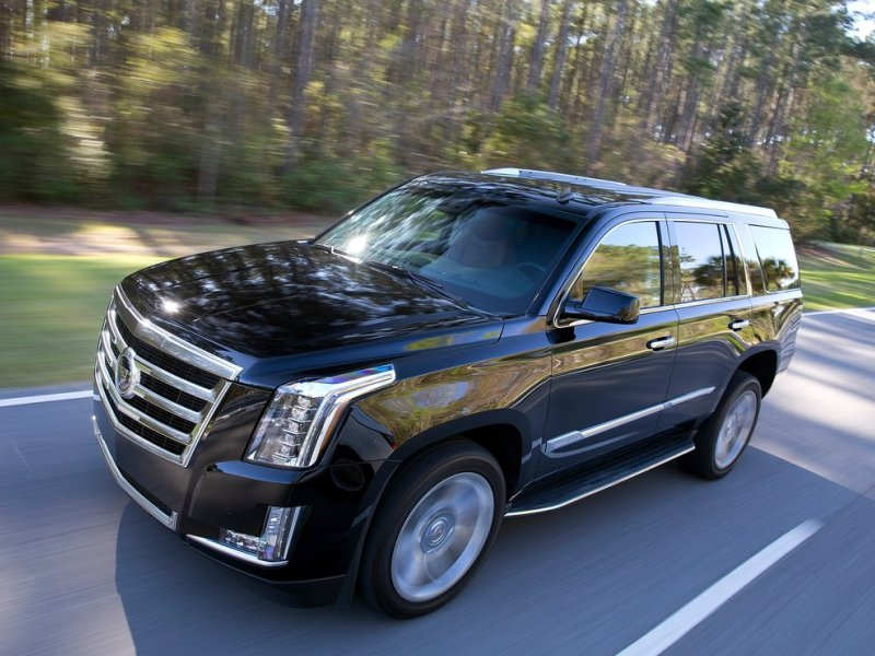 2017 Cadillac Escalade vs. 2017 GMC Yukon Denali: Which is ...