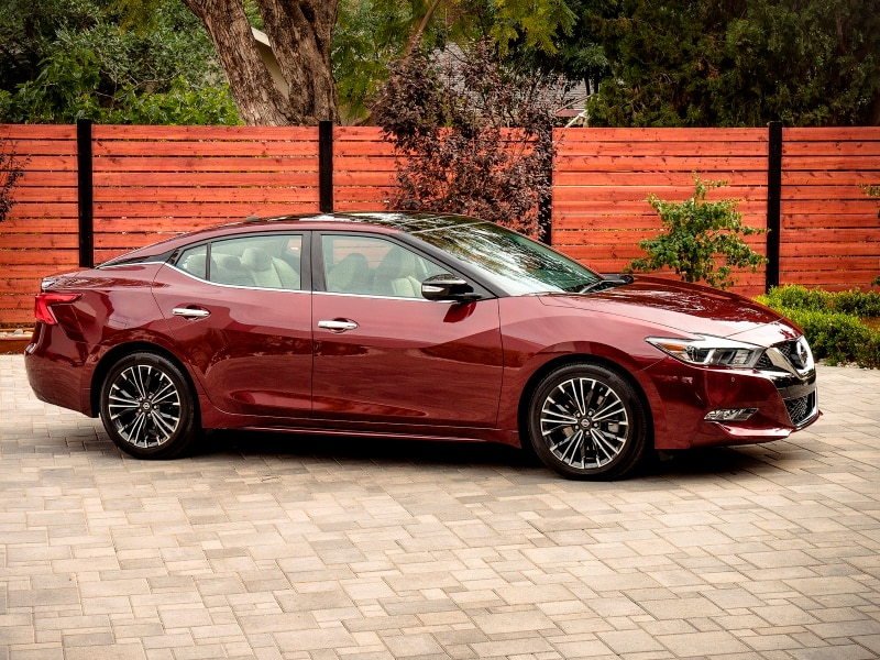 10 Things You Need To Know About The 2016 Nissan Maxima