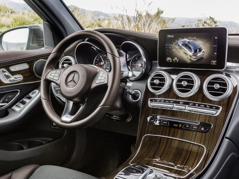2016 Mercedes Benz Glc Notable Features