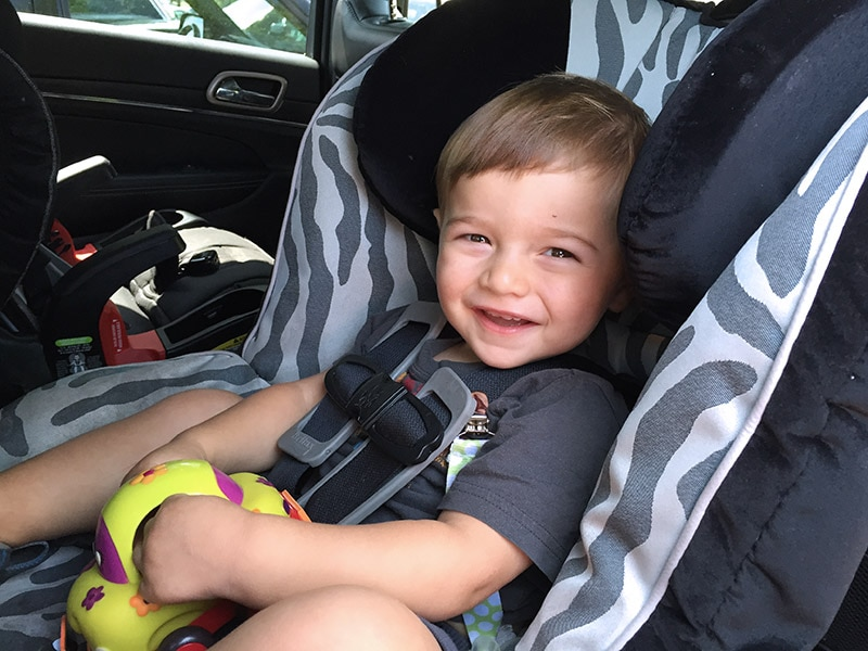 11 Tips on How to Keep Baby Calm and Entertained in the Car ...