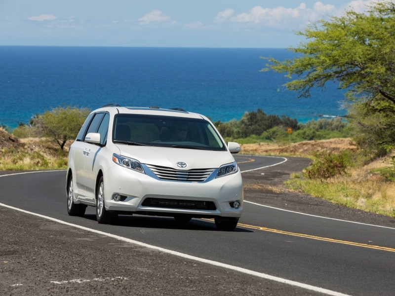 10 Things You Need To Know About The 2015 Toyota Sienna