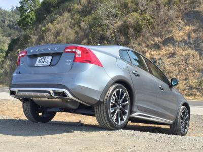 2016 Volvo S60 Cross Country Road Test Review Autobytel Com