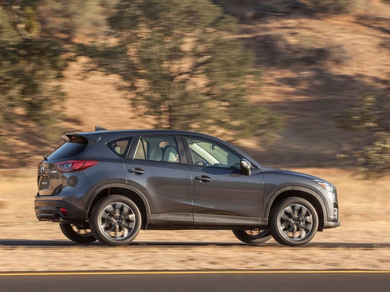 The 2016 Mazda Cx 5 Tweaks Its Exterior Styling