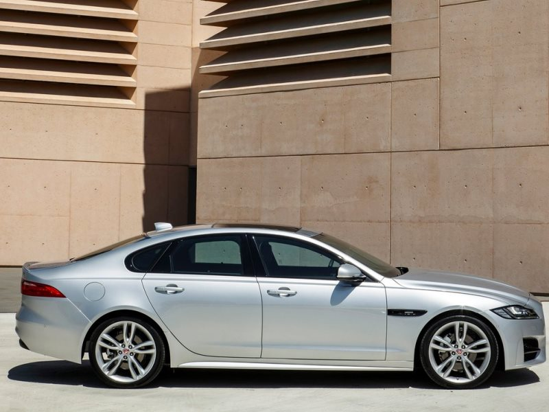 10 things you need to know about the 2016 jaguar xf | autobytel