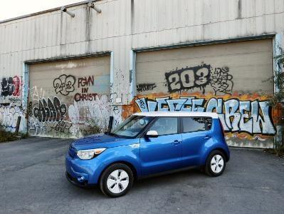 2015 Kia Soul Ev Road Test And Review Autobytel Com
