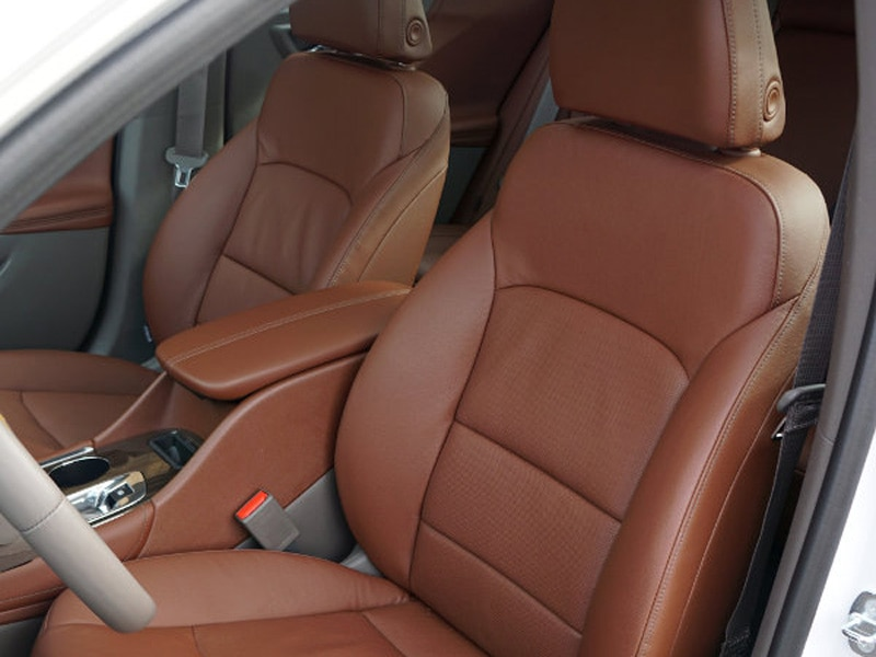2009 chevy malibu leather seat covers velcromag. Black Bedroom Furniture Sets. Home Design Ideas
