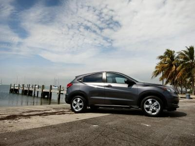 2016 Honda HR-V First Drive and Review | Autobytel com