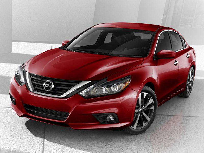 10th Place 2016 Nissan Altima