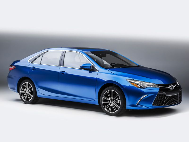 8th Place 2016 Toyota Camry
